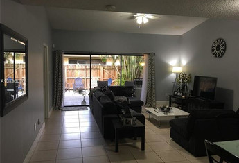 For sale in PALM-AIRE VILLAGE 3RD SEC